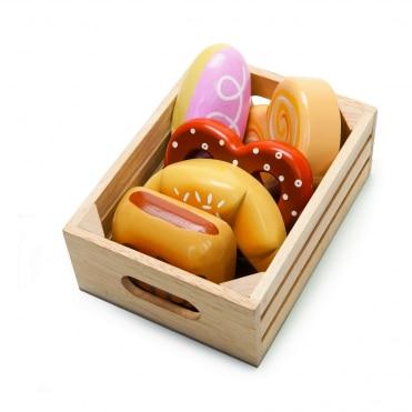 Le Toy Van Bakers Basket in Crate
